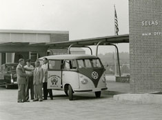 Plant-with-VW-1956